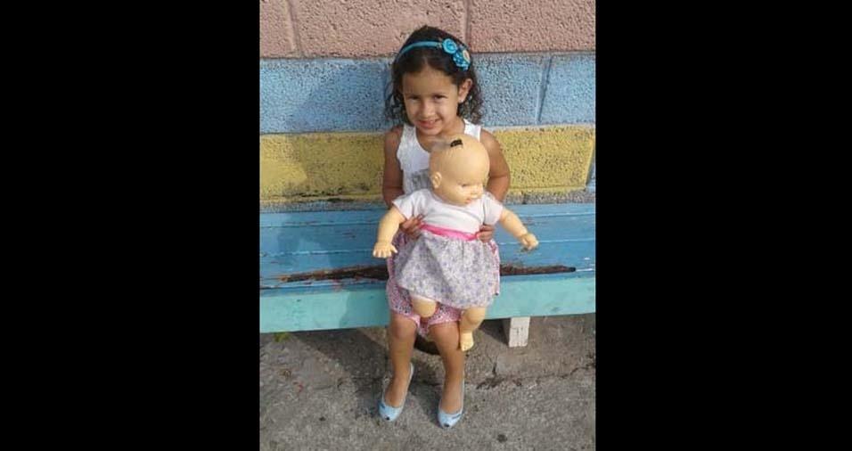 Stéphani enviou foto da filha Eduarda de cinco anos, de Cajamar (SP)