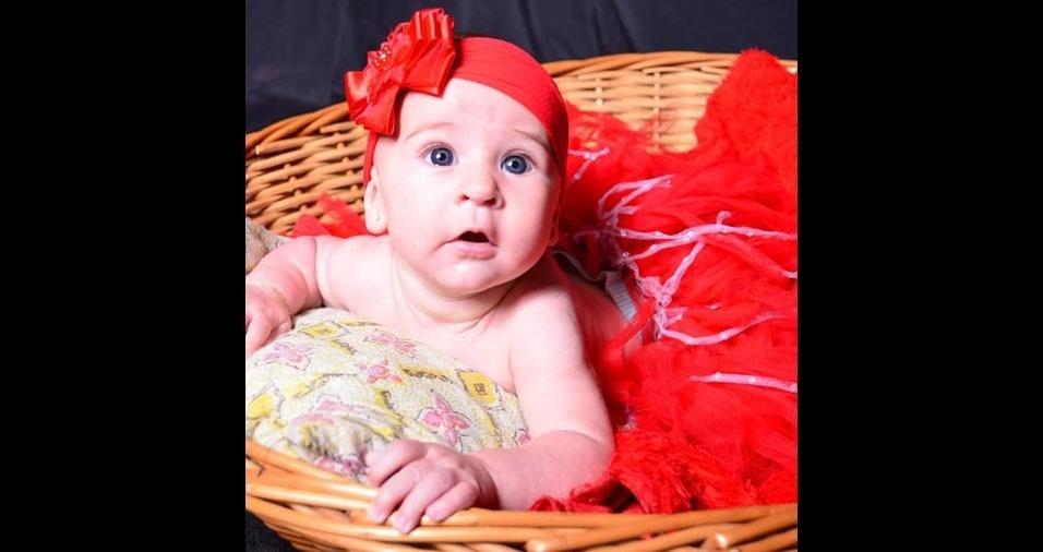 Bruno Lopes enviou foto da filha Maria Cecília, de Serra (ES)