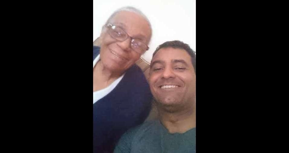 Wagner enviou a foto com a vovó Dalva, de Rio de Janeiro (RJ)