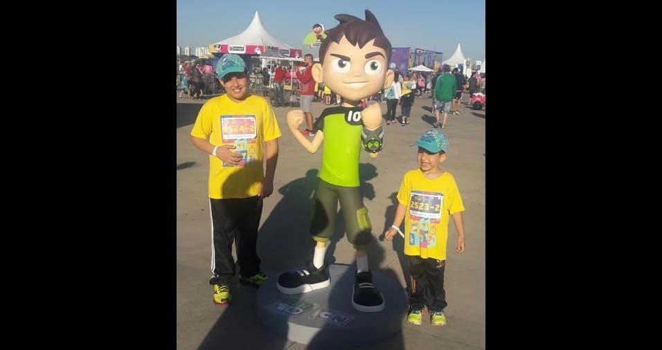 Débora Cristina, de São Paulo (SP), enviou foto dos filhos Matheus, de nove anos, e Miguel, de cinco anos