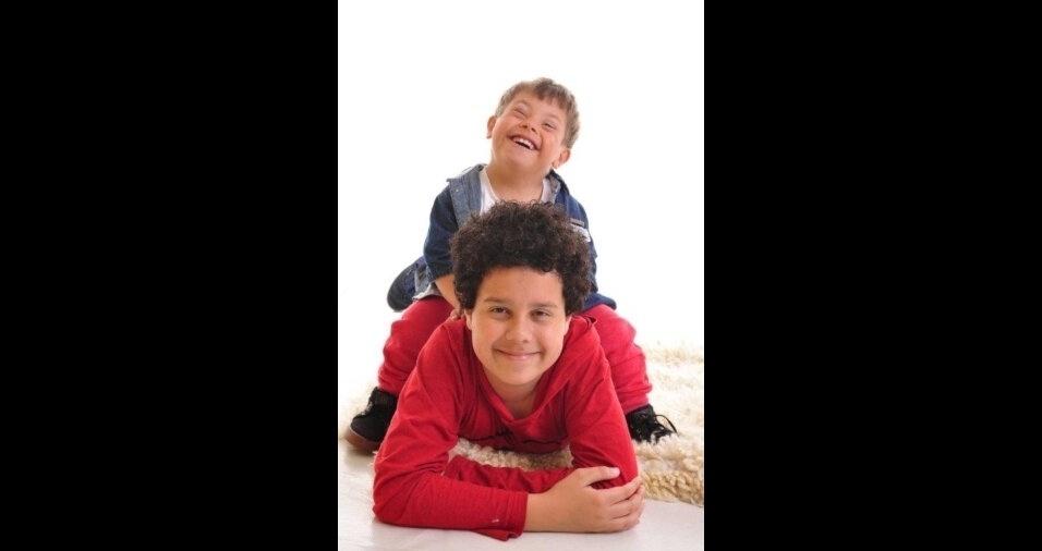Lorenzo e Matheus, filhos da Andréia Rocha, de Porto Alegre (RS)