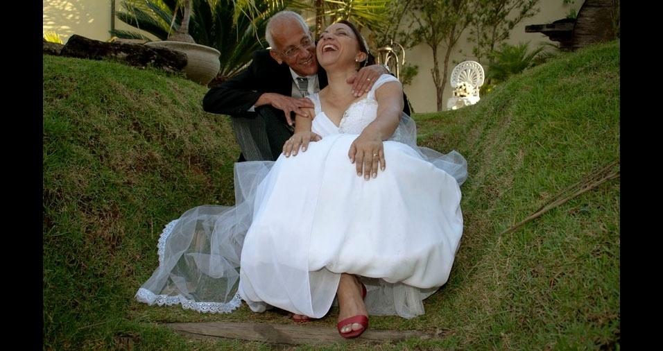 Zélia e Reginaldo casaram-se no dia 7 de maio de 2011