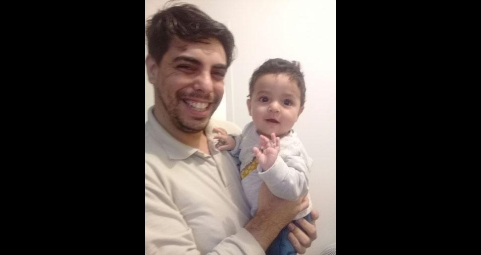Papai Rodrigo com o filho Matheus, Barra Mansa (RJ)