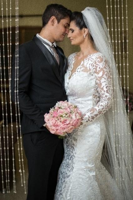 Francisco Pinheiro de Lemos Neto e Karla Daniella de Oliveira casaram-se no dia 5 de novembro de 2016, em Firminópolis (GO)