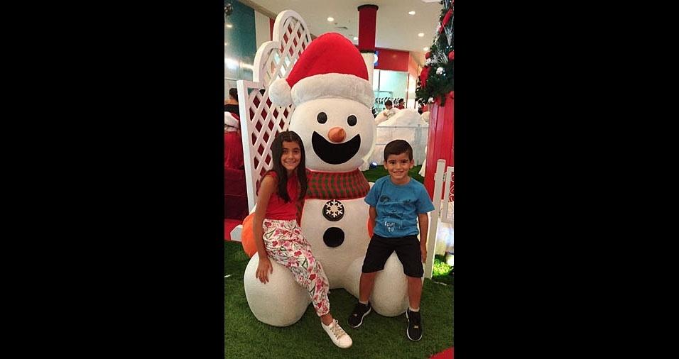 Tyciana enviou foto dos filhos Lara e Davi em clima de Natal