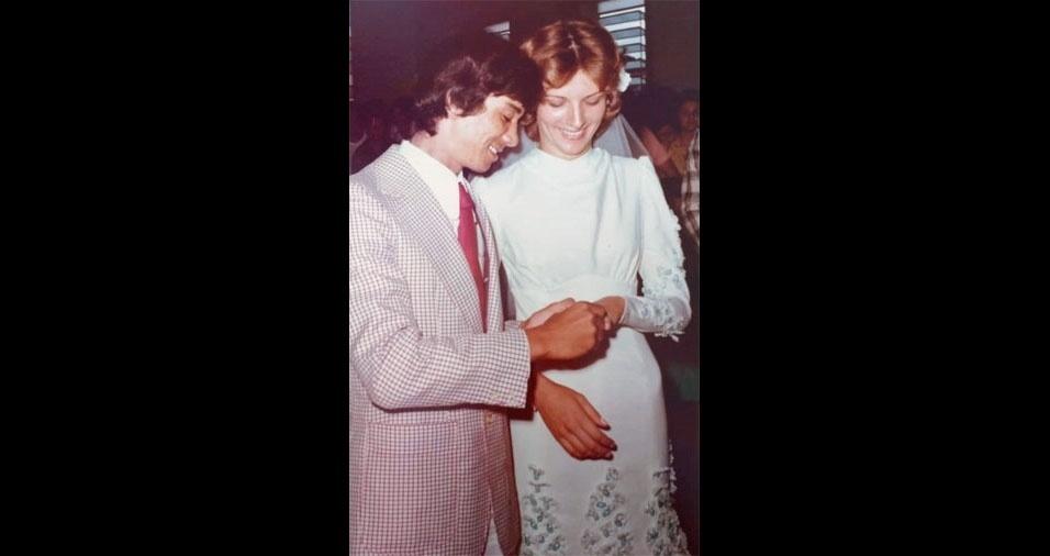 Samuel Mendes e Denize Breschi, de Santo Anastácio (SP), se casara, no dia 11 de fevereiro de 1978