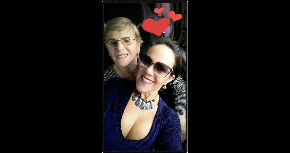Maria Lúcia Mascarenha homenageia a mãezinha Aparecida, de São Paulo (SP)
