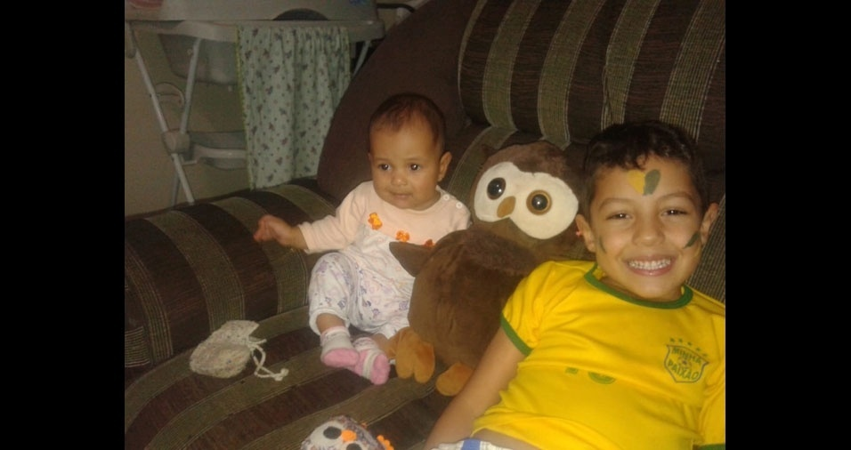 Nicollas e Helloisa são os filhos do Darlan Alves da Silva, de Brasília (DF)