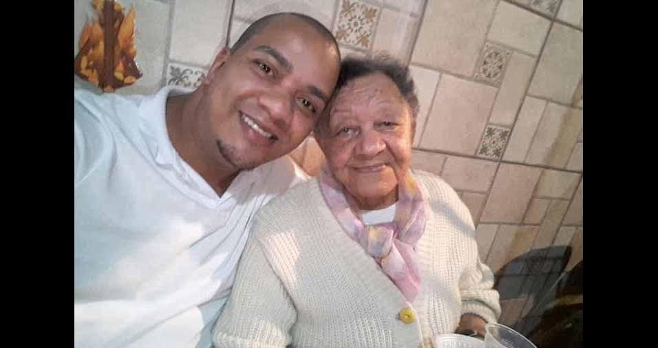 Wellington com a vovó Josefa, de 84 anos