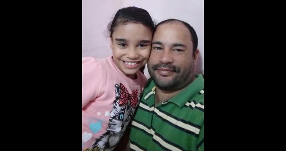 Julia Laura e seu pai Fabrício Fagundes, de Poções (BA)