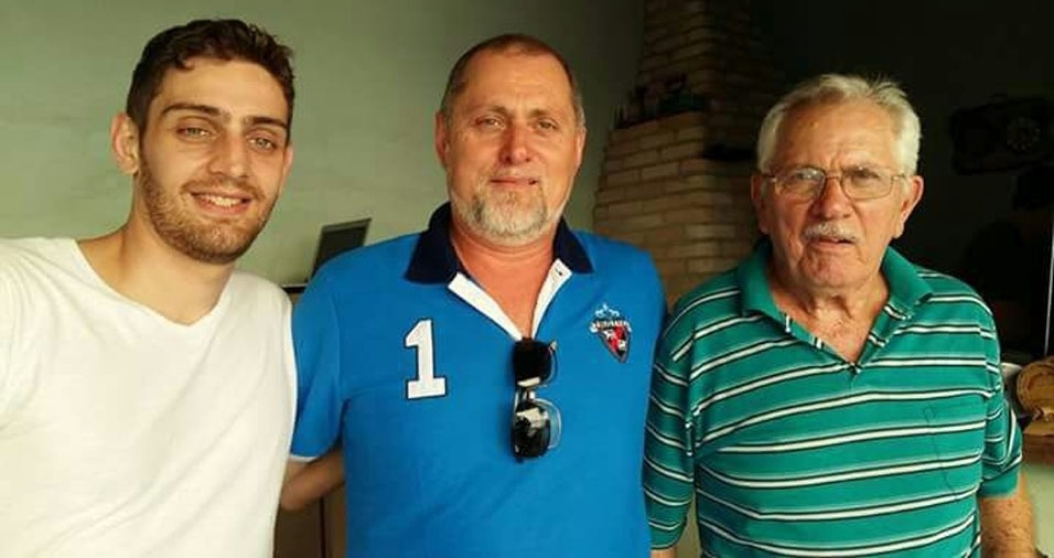 """""""Três gerações: eu, Zeka Biguetti, meu pai Paschoal Biguetti e meu filho Eduardo Biguetti, comemorando o Dia dos Pais"""""""