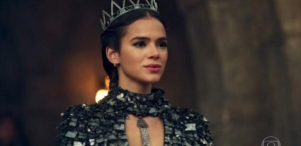 """Bruna Marquezine em """"Deus Salve o Rei"""" - Reprodução/TV Globo"""