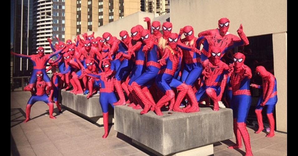 29. Esta reunião em Sidney, na Austrália, foi um pesadelo para quem sofre de aracnofobia: havia ali 438 heróis vestidos de Homem-Aranha. O encontro aconteceu em outubro de 2014.
