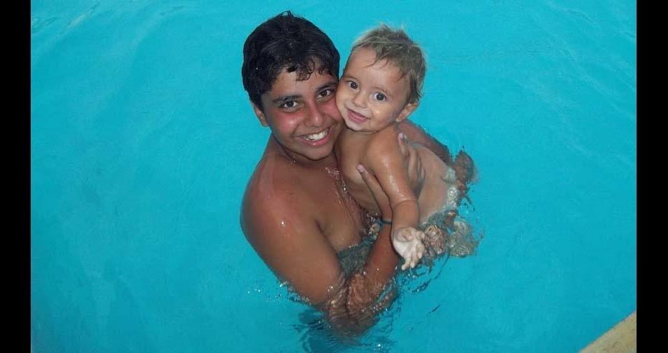 Daniel, de Itapissuma (PE), enviou foto dos filhos Daniel, de 15 anos, e Dirceu, de cinco anos