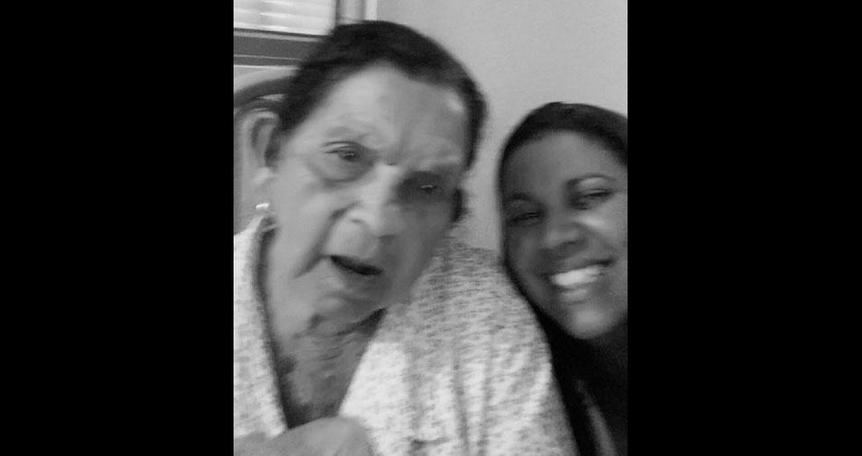 """""""Meu nome é Gislaine Trindade Giatiani e esta é minha vó Maria Trindade, ela tem 92 anos. Somos de Bauru (SP)"""""""