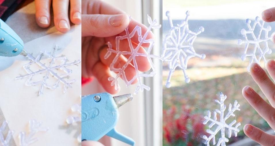 10. Já que no Brasil não temos neve, crie seu próprio floco de gelo com a ajuda de cola quente e decore a janela