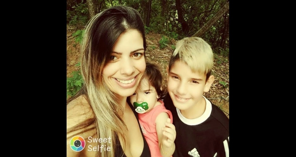 Mayra Tonetti com os filhos Yago e a pequena Isis. A família é de Jundiai (SP)