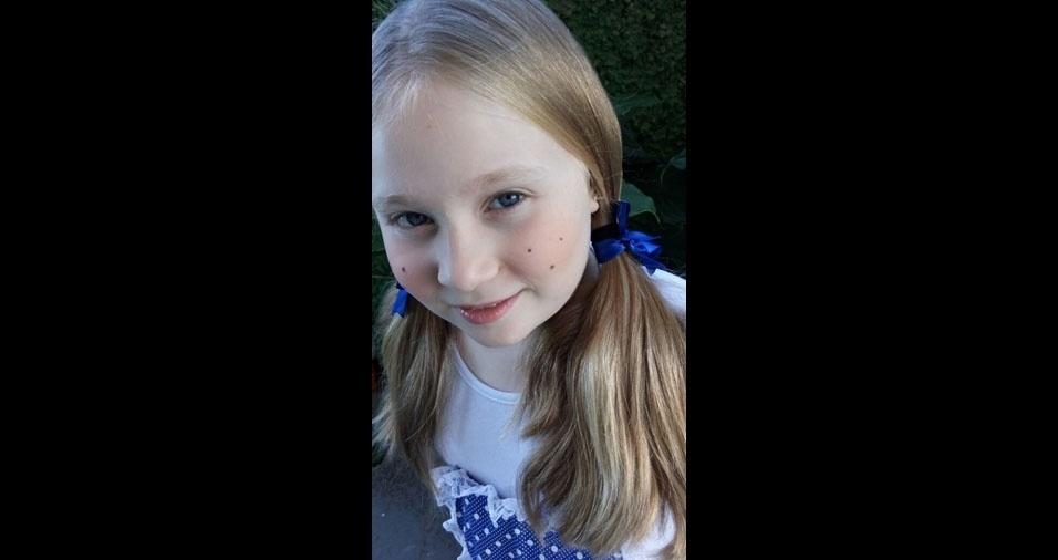 Ana Paula Pereira Batista, de Taubaté (SP), enviou foto da filha Ana Júlia, de dez anos