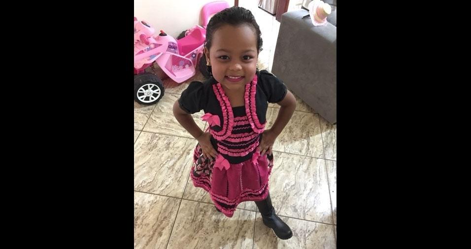 Leonardo Pimentel Guerson, de Leopoldina (MG), enviou foto de sua caipirinha, a Maria Clara, de cinco anos
