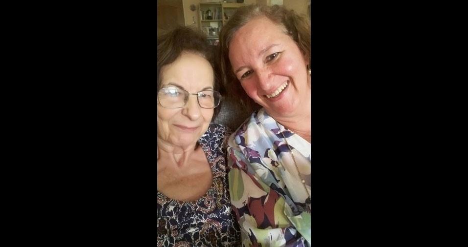 """""""Minha mãe Donaria Carvalho, meu orgulho, meu exemplo, minha inspiração, a quem devo tudo que sou"""", declara Deilde Carvalho"""