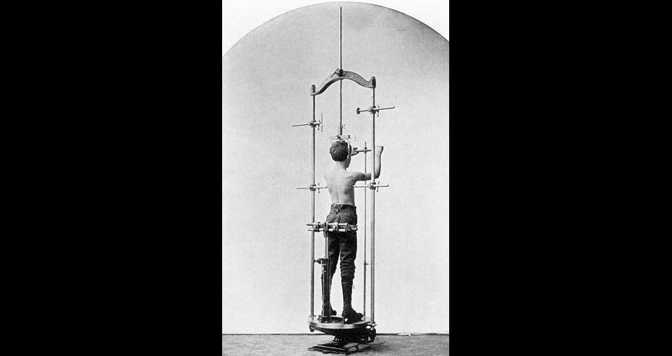 13. Outros mais parecem com instrumentos de tortura do que com aparelhos de ginástica