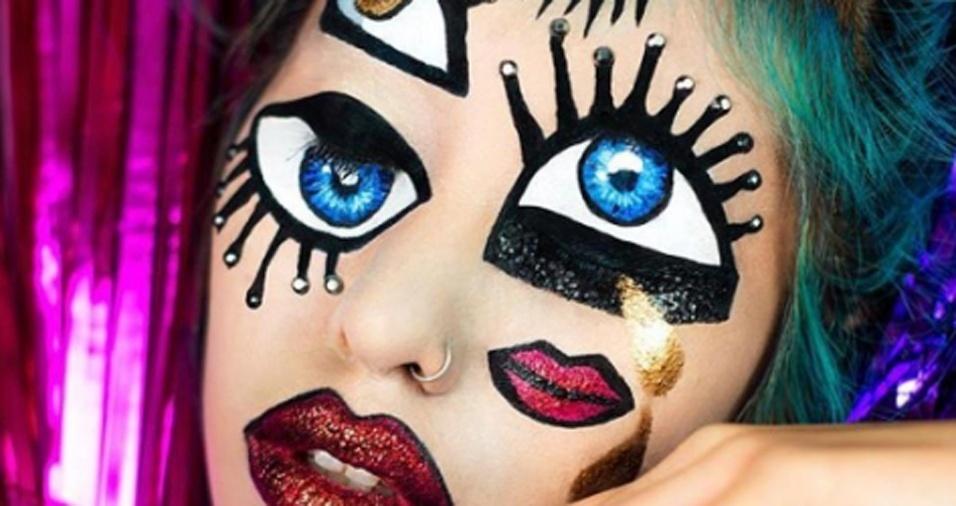 33. Inspirada em Picasso, Mimi criou esta divertida maquiagem