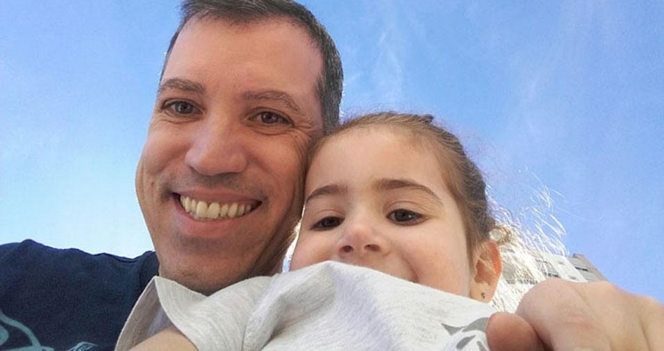 Clara Lima com o papai Sergio Gomes, de Santana do Parnaíba (SP)