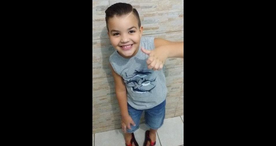 Mamãe Aline enviou foto do filho Lucas
