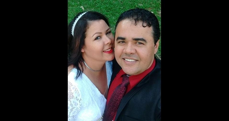 Valquiria Almeida e Adriano de Souza Almeida, de Teodoro Sampaio (SP), já completaram 20 anos de casados, em  no dia 12/09/2017
