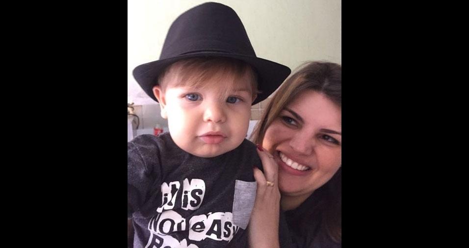 Ariane Alves com o filho Lorenzzo, de São Paulo (SP)