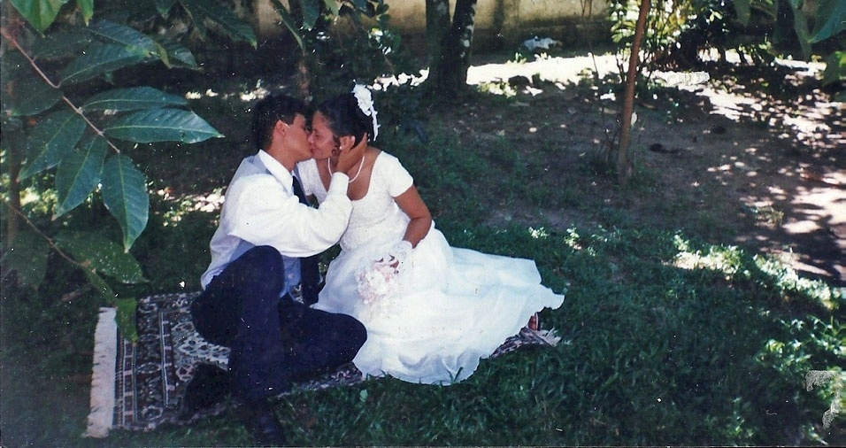 Consuelo Elaine casou-se com Haroldo Serio no dia 15 de janeiro de 2000, em Santa Izabel (PA)