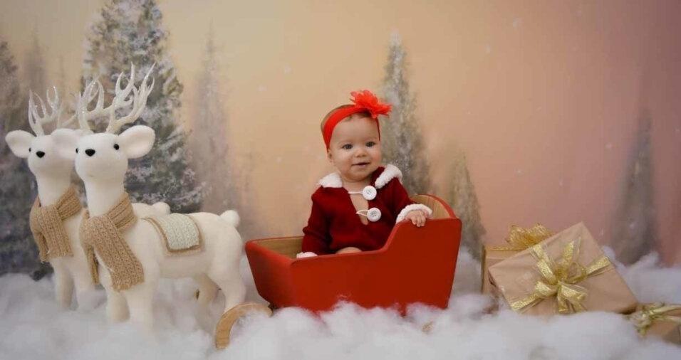 """""""Primeiro ensaio da Natal da minha pequena Maria"""", conta o papai Wagner Hibner Alexandre, de  Taboão da Serra (SP)"""
