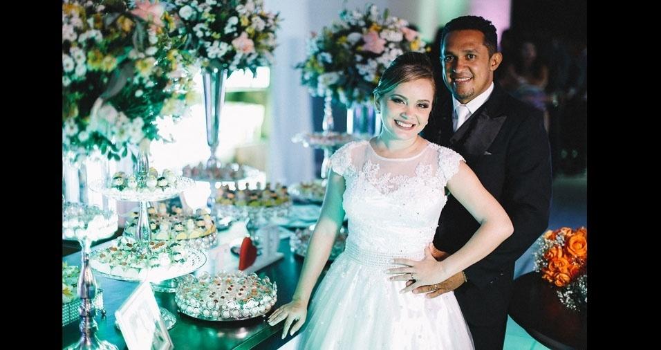 Os noivos Teresa Cristina e Daniel da Silva se casaram no dia 23 de julho de 2016, em Timon (MA)