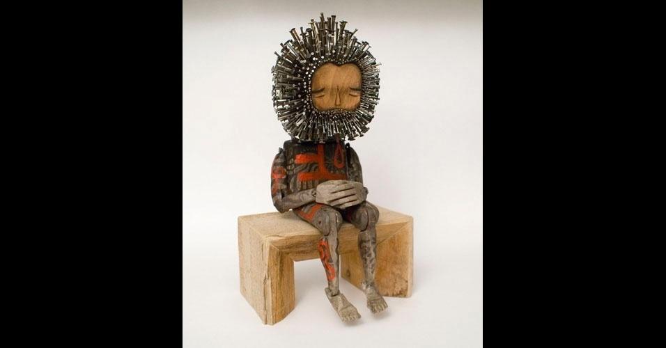 12. Trabalho de Jaime Molina com madeira e pregos