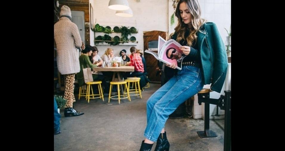 72a3312135 Mom jeans é a calça da moda  veja como usar o modelo