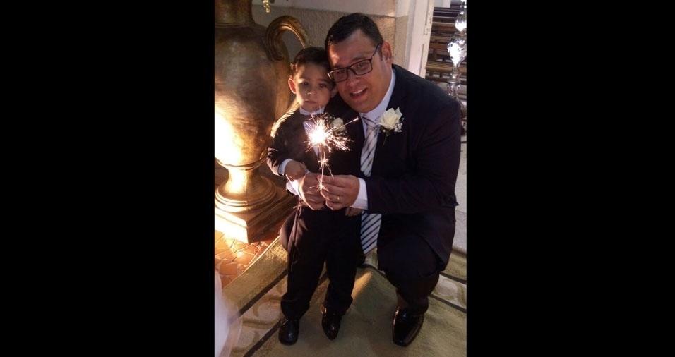Enzo Gabriel Alves Mariano, de Juazeiro do Norte (CE), com o pai Francisco Rogerio Ferreira Mariano