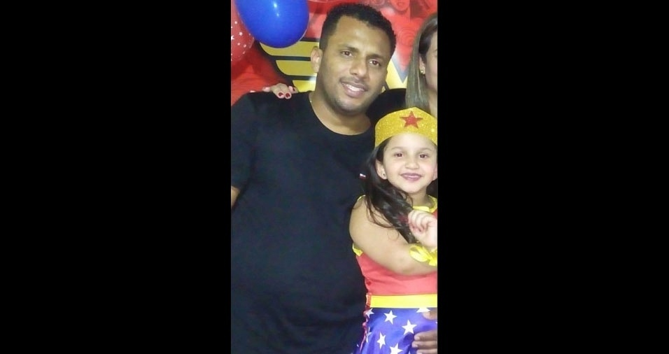 """Ana Luíza e papai Carlos Henrique, de Belo Horizonte (MG): """"Muito amor envolvido"""""""