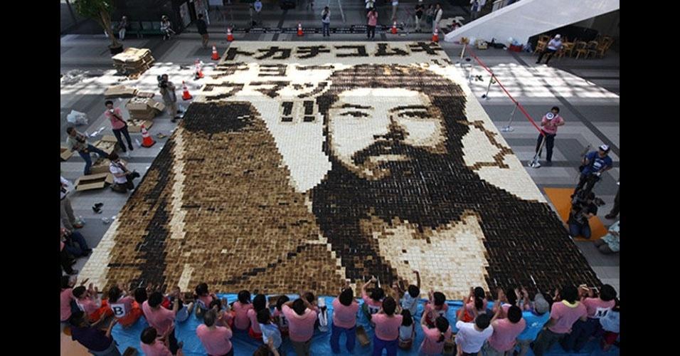 37. Ayako Maura, do Japão, coordenou a construção do maior mosaico já feito com torradas no mundo. A obra foi montada em julho de 2013. No total, foram usadas 16.500 fatias de torrada, ocupando uma área de 163 metros quadrados.