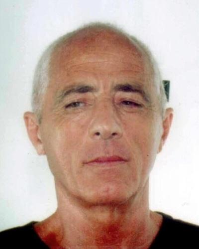 """Angelo Nuvoletta, preso em Nápoles, em 2001, após seis anos foragido, era considerado um dos últimos """"padrinhos"""" da Camorra. Nuvoletta era um dos 30 chefões mais procurados da máfia italiana"""
