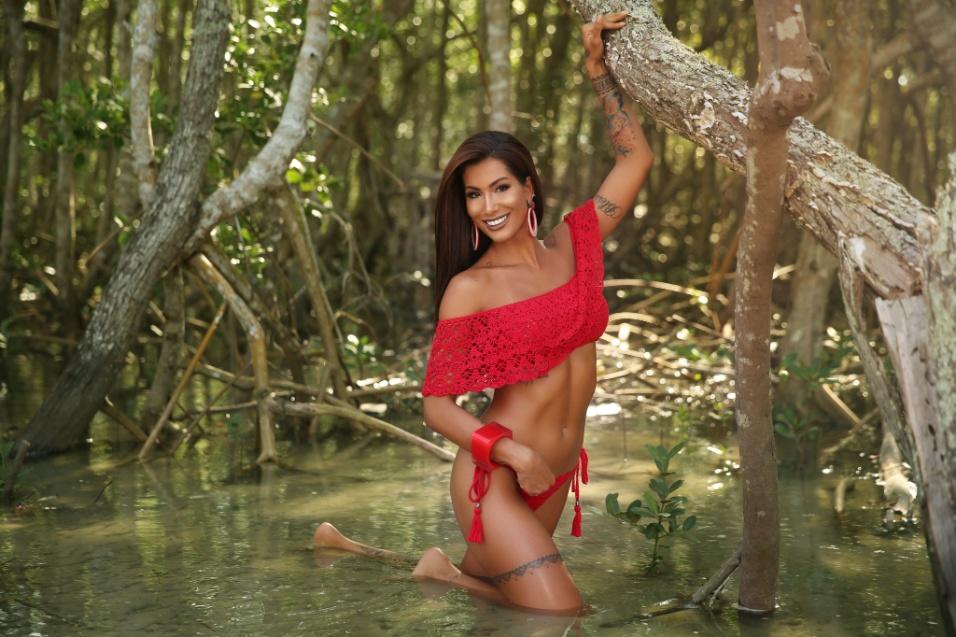 Poliana Palad mostra sua beleza em ensaio para o Diamond Brazil
