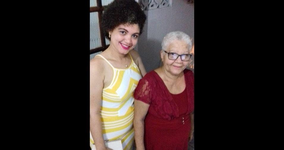 Jamile enviou a foto com a mamãe Maria Izabel, de Salvador (BA)