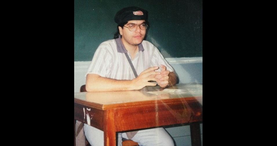 João Luiz Pacheco Sad, de Belo Horizonte (MG), tinha 22 anos em 1996, quando cursava a Faculdade de História em Carangola (MG)