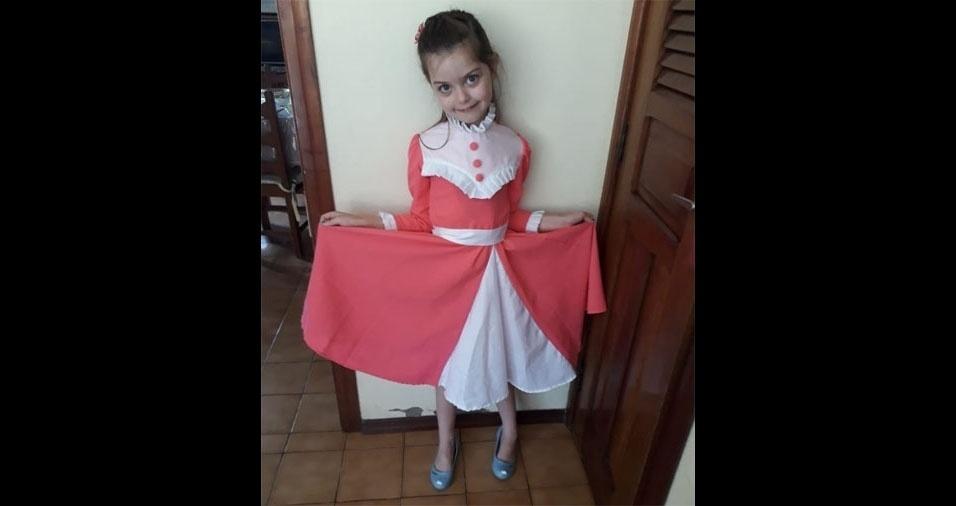 Mamãe orgulhosa, a Roseli Maria Altíssimo Zavitzki, de Feliz (RS), mandou foto da filha Eduarda
