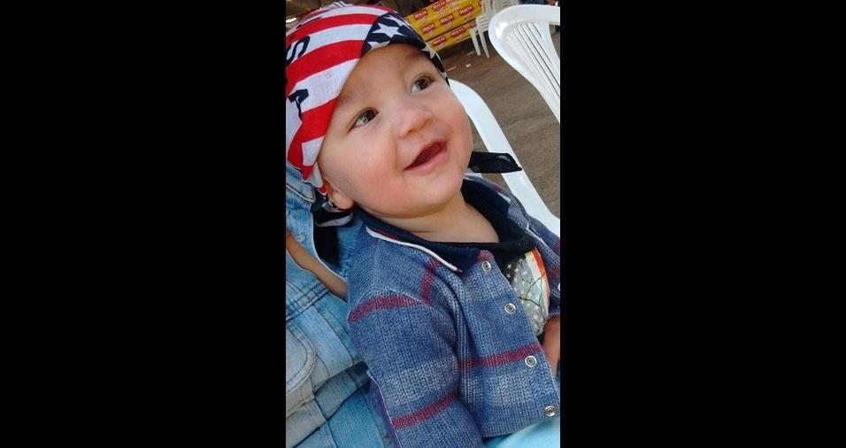 Régis enviou foto do filho Davi Lucca, de oito meses