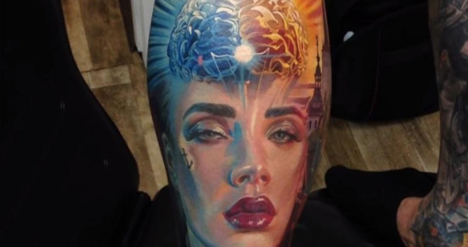 18. Dmitriy recebe elogios e indicações inclusive de outros tatuadores, que apreciam o talento do ucraniano para fazer rostos
