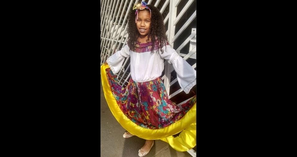 Juciene Freitas Branco Menezes é a mamãe da Nicole, de 11 anos, que dançou o carimbó na festa junina da escola, em São Paulo (SP)