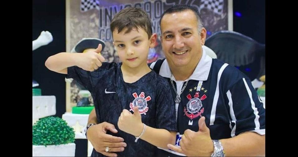 Eder Fernandes, de São Paulo (SP), com o filho Enzo Brevi Fernandes