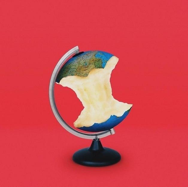 4.dez.2015 - Parece que o mundo foi engolido como uma verdadeira maçã