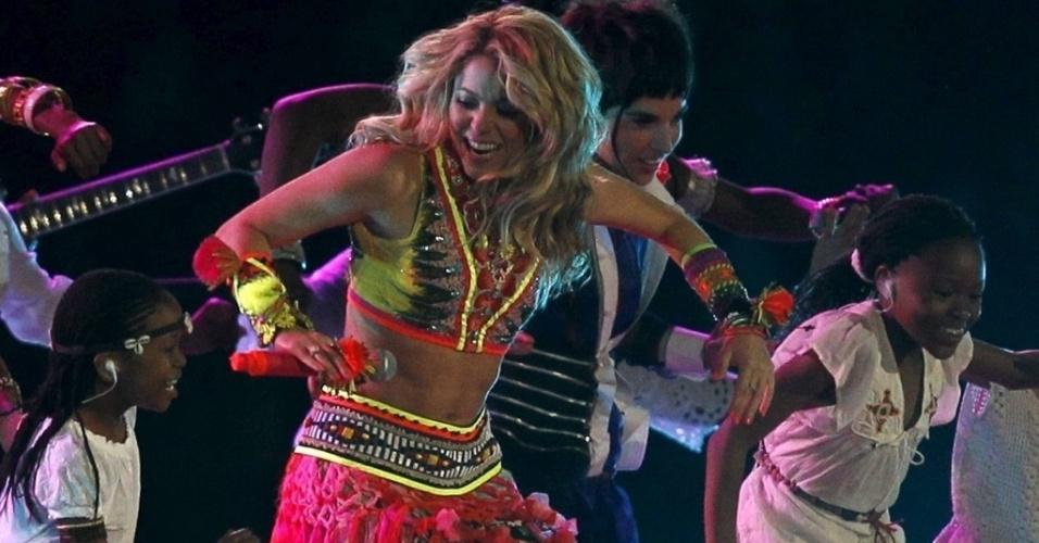 11.jul.2010 - Shakira faz show no encerramento da Copa do Mundo de futebol, na África do Sul