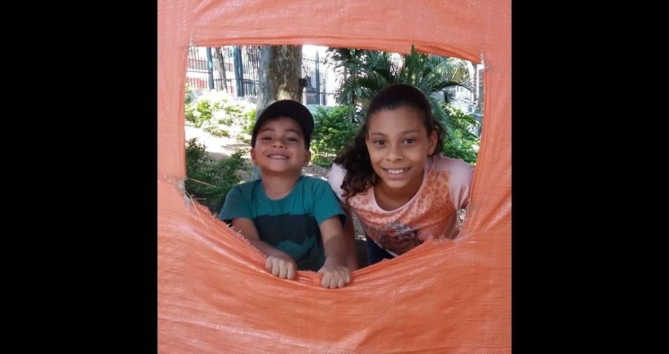 Debora enviou foto dos filhos Julia e Felipe, de São Paulo (SP)